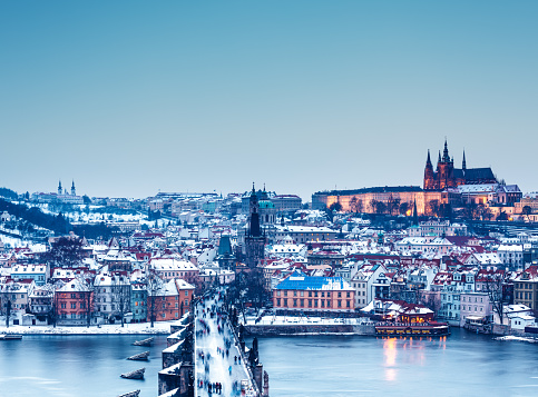 St Vitus's Cathedral「Charles Bridge In Winter」:スマホ壁紙(7)