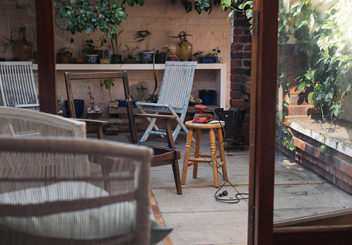 Restoring「Outdoor area with two chairs and a sander no people」:スマホ壁紙(9)