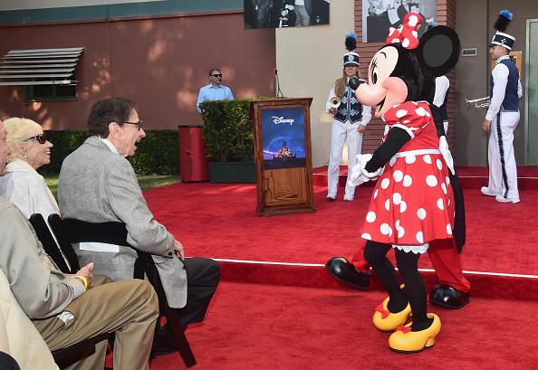 ミニーマウス「World Premiere Of Disney's 'Christopher Robin'」:写真・画像(5)[壁紙.com]