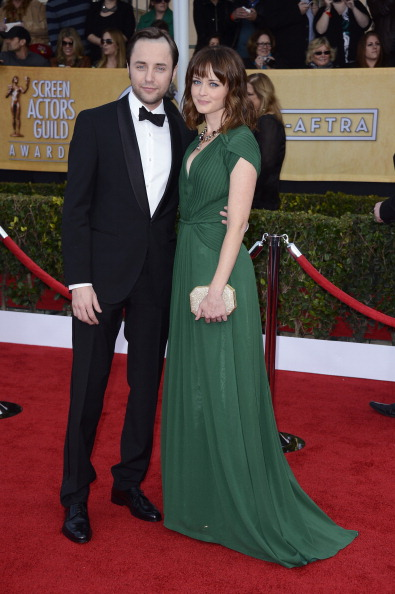 Alexis Bledel「19th Annual Screen Actors Guild Awards - Arrivals」:写真・画像(11)[壁紙.com]
