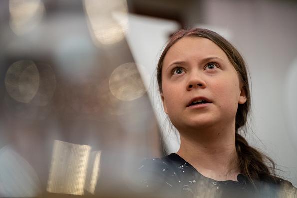 Greta Thunberg「Climate Activist Greta Thunberg Joins Green Party Leader Lucas At An Event」:写真・画像(11)[壁紙.com]