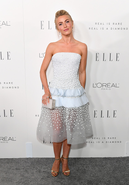 Light Blue「ELLE's 24th Annual Women in Hollywood Celebration presented by L'Oreal Paris, Real Is Rare, Real Is A Diamond and CALVIN KLEIN - Arrivals」:写真・画像(16)[壁紙.com]