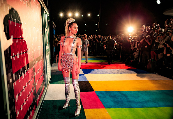 2015「2015 MTV Video Music Awards - Red Carpet」:写真・画像(15)[壁紙.com]