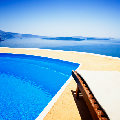 Volcanic Crater「Lounge chair and pool over Santorini caldera」:スマホ壁紙(19)