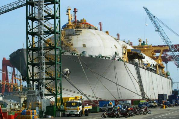 Industry「Hyundai Heavy Industries Leads Global Shipbuilding Industry」:写真・画像(5)[壁紙.com]