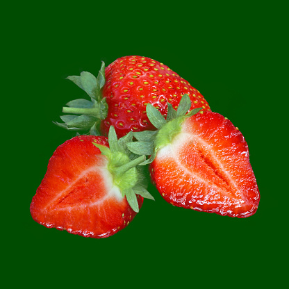 Green Background「Fresh strawberries, whole and halved, on green.」:スマホ壁紙(7)