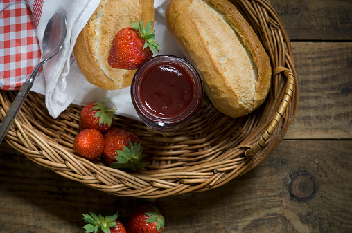 Picnic「Fresh strawberries, strawberry jam and wheat rolls in a basket」:スマホ壁紙(4)