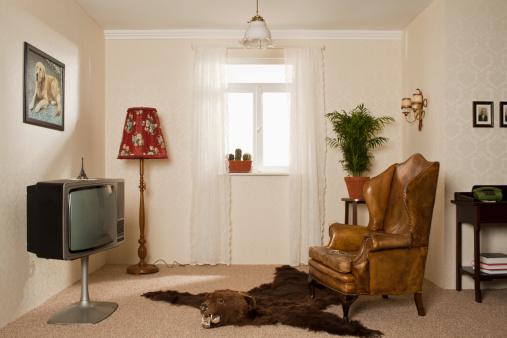 ガラス「A kitsch living room」:スマホ壁紙(2)