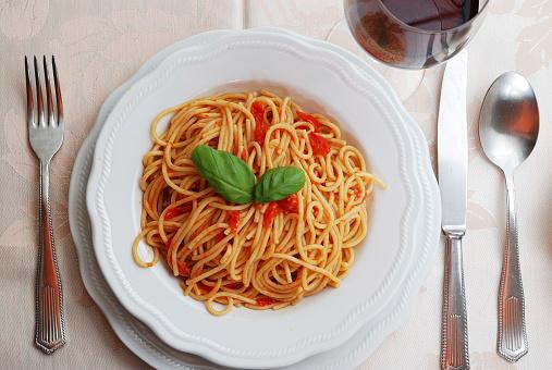 フォーク「イタリアのディナー」:スマホ壁紙(14)