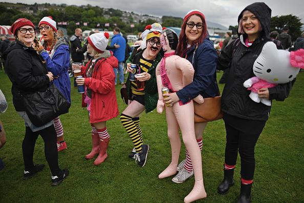 Hen「Isle Of Bute Highland Games」:写真・画像(15)[壁紙.com]