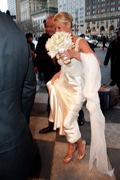 Kayte Walsh「Kelsey Grammer And Kayte Walsh Wedding Reception」:写真・画像(13)[壁紙.com]