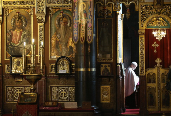 Priest「Every Day Life In Bulgaria As EU Leaders Mull Restrictions」:写真・画像(11)[壁紙.com]