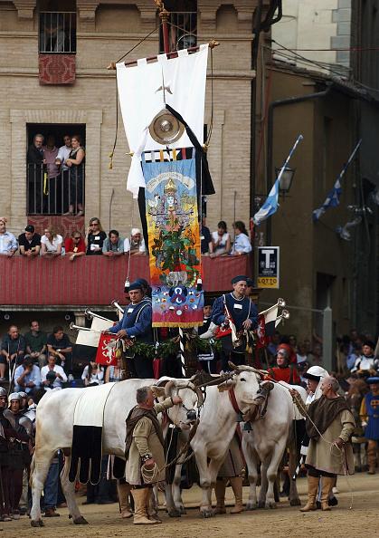 Siena - Italy「ITA: Siena's Holds Its Annual Palio Horseraces」:写真・画像(4)[壁紙.com]