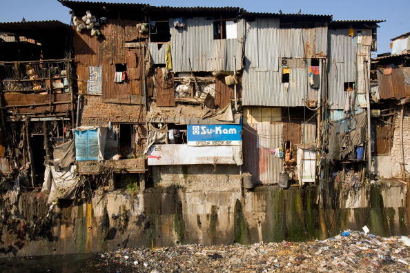 Slum「Mumbai Slum Redvelopment Stalled By Financial Crisis」:写真・画像(14)[壁紙.com]