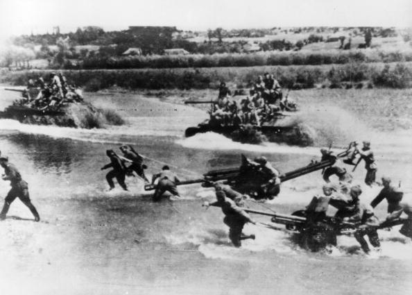 Russian Military「Soviet Advance」:写真・画像(0)[壁紙.com]