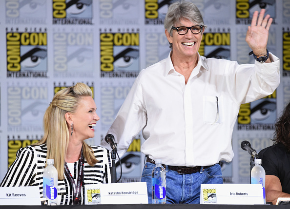 Two People「Comic-Con International 2017 - 'Medinah' World Premiere Sneak Peek」:写真・画像(6)[壁紙.com]