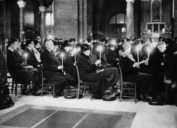 Church「Ceremony of an Easter mass. England. Photograph. Around 1930.」:写真・画像(5)[壁紙.com]