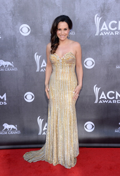 Beige「49th Annual Academy Of Country Music Awards - Arrivals」:写真・画像(7)[壁紙.com]