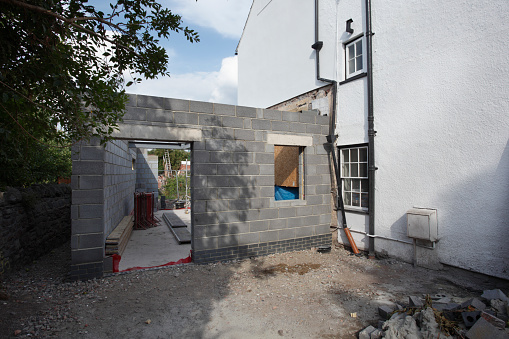 Building - Activity「Extension being built onto the side of a listed period property, mid project.」:スマホ壁紙(5)