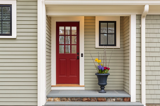 Concord - Massachusetts「Red Front Door to Classic Home.」:スマホ壁紙(7)