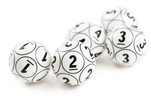 Number 4「Bingo Balls」:スマホ壁紙(10)
