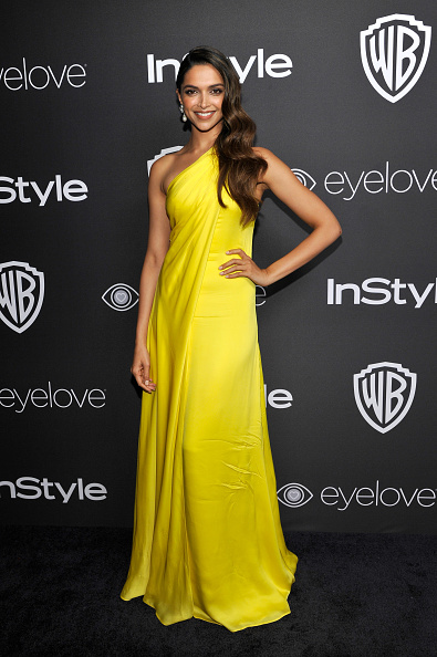 Yellow Dress「The 2017 InStyle And Warner Bros. 73rd Annual Golden Globe Awards Post-Party - Red Carpet」:写真・画像(1)[壁紙.com]