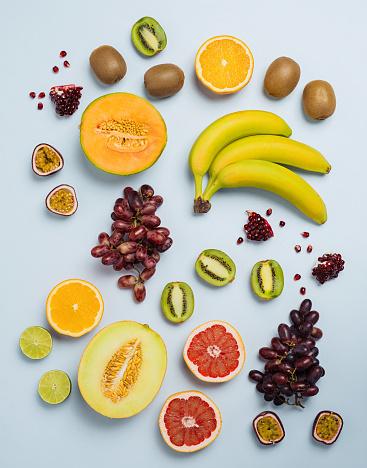 メロン「カラフルな食品の背景の上からフルーツ フラット レイアウト」:スマホ壁紙(17)