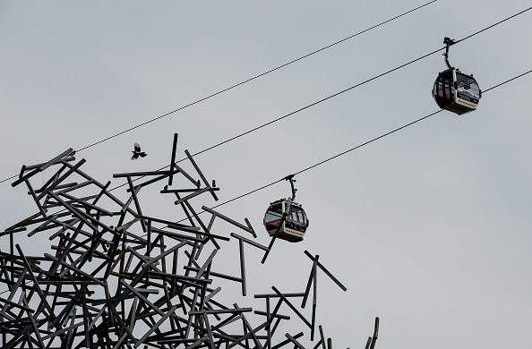 Antony Gormley「Cable cars on Emirates Air Line」:写真・画像(15)[壁紙.com]