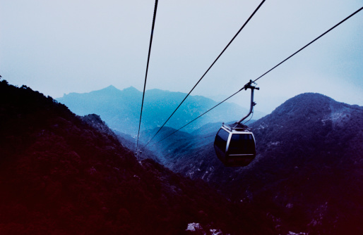 Aerial tramway「Cable Cars and Mountains」:スマホ壁紙(11)