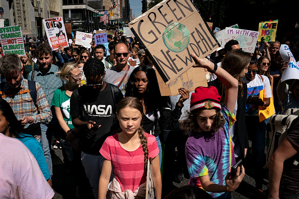 Motion「Thousands Of Americans Across The Country Participate In Global Climate Strike」:写真・画像(2)[壁紙.com]