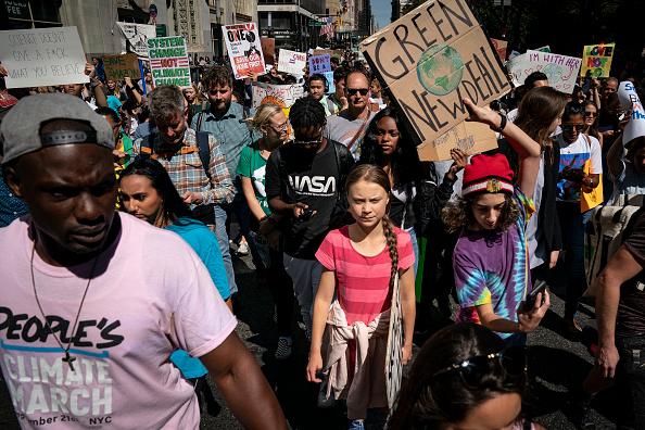 ニューヨーク市「Thousands Of Americans Across The Country Participate In Global Climate Strike」:写真・画像(0)[壁紙.com]