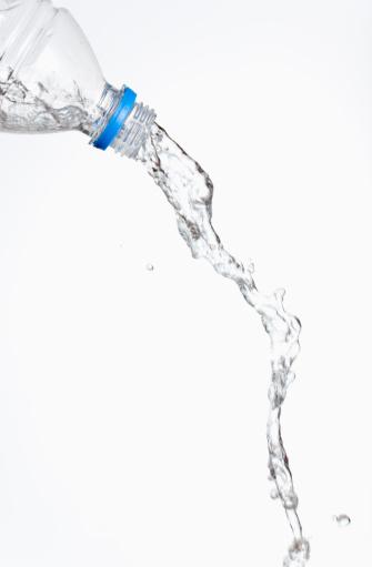 Splashing「Liquid coming out of a bottle.」:スマホ壁紙(2)