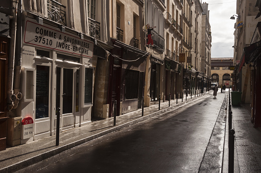 Sidewalk「Paris, St Germain de Pres, street scene」:スマホ壁紙(14)