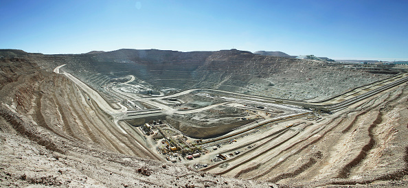 Mining - Natural Resources「Oliver Llaneza Hesse」:写真・画像(2)[壁紙.com]