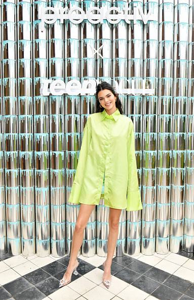 """Teen Vogue「Kendall Jenner Joins Proactiv And Teen Vogue At """"Paint Positivity: Because Words Matter"""" Event In NYC On June 20th」:写真・画像(2)[壁紙.com]"""