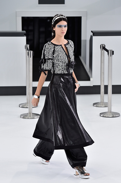 Pascal Le Segretain「Chanel : Runway - Paris Fashion Week Womenswear Spring/Summer 2016」:写真・画像(11)[壁紙.com]