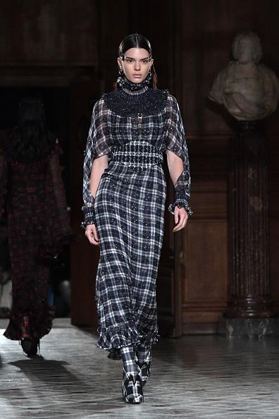 パリ・メンズ・ファッションウィーク「Givenchy : Runway - Paris Fashion Week - Menswear F/W 2017-2018」:写真・画像(19)[壁紙.com]