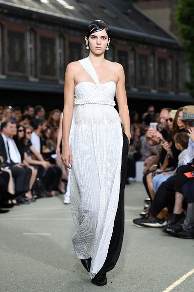 Spring Collection「Givenchy : Runway - Paris Fashion Week - Menswear Spring/Summer 2017」:写真・画像(3)[壁紙.com]
