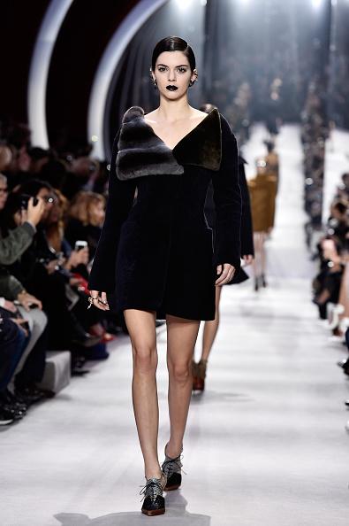 クリスチャンディオール「Christian Dior : Runway - Paris Fashion Week Womenswear Fall/Winter 2016/2017」:写真・画像(14)[壁紙.com]