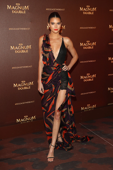 全身「Magnum Doubles Party - Red Carpet Arrivals  - The 69th Annual Cannes Film Festival」:写真・画像(3)[壁紙.com]
