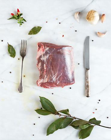 Bay Leaf「Raw Roast Beef」:スマホ壁紙(1)