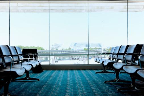 Lobby「empty airport lounge」:スマホ壁紙(15)