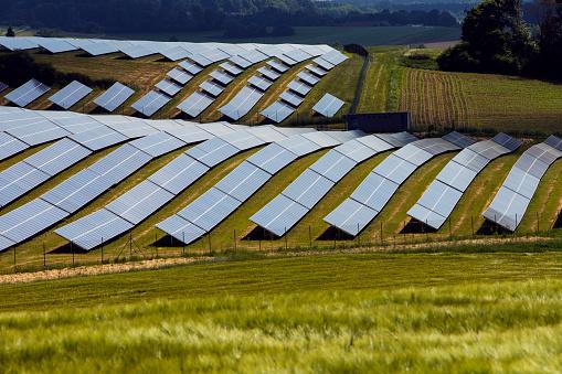 Solar Energy「Solar farm in Bavaria」:スマホ壁紙(3)