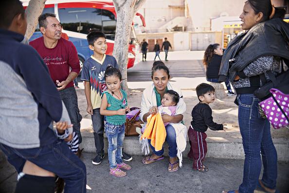 ヒューマンインタレスト「Undocumented Migrants Await Asylum Hearings in Tijuana」:写真・画像(10)[壁紙.com]