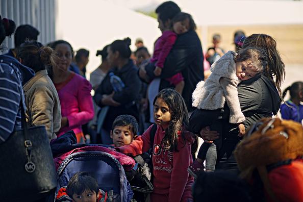 ヒューマンインタレスト「Undocumented Migrants Await Asylum Hearings in Tijuana」:写真・画像(9)[壁紙.com]