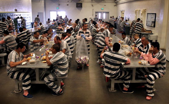 Arizona「Maricopa County Sheriff Runs Tent City Jail For Immigrant Prisoners」:写真・画像(9)[壁紙.com]