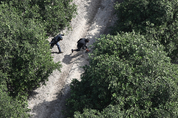 Grove「CBP Conducts Helicopter Patrols Of U.S. - Mexican Border」:写真・画像(9)[壁紙.com]