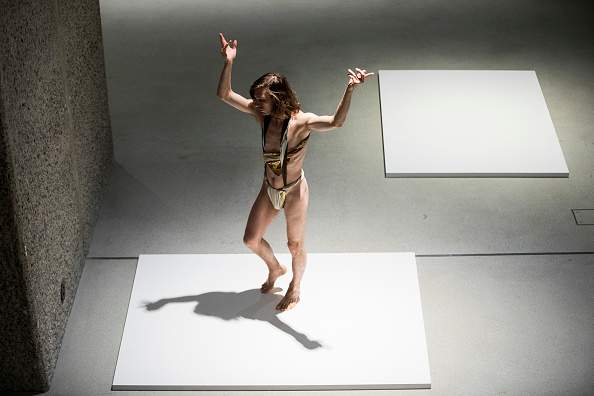Tristan Fewings「Trajal Harrell: Hoochie Koochie, A Performance Exhibition」:写真・画像(12)[壁紙.com]