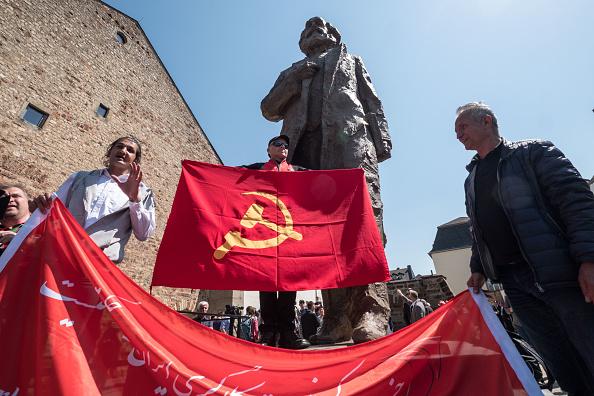 記念日「Trier Commemorates Karl Marx 200th Anniversary」:写真・画像(17)[壁紙.com]