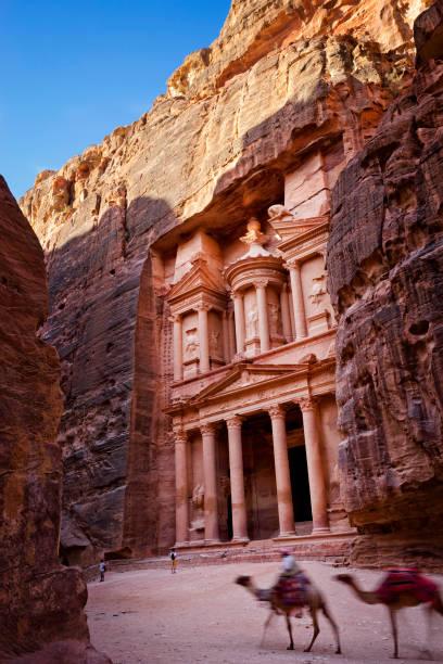 Al-Khazneh (The Treasury), Petra, Wadi Musa, Maan Governorate, Jordan:スマホ壁紙(壁紙.com)